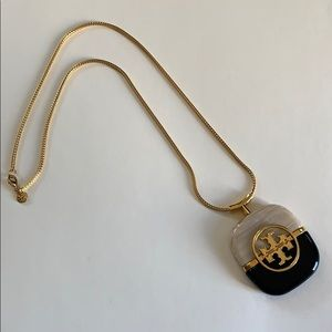 Tory Burch Logo Resin Gold Necklace Rare